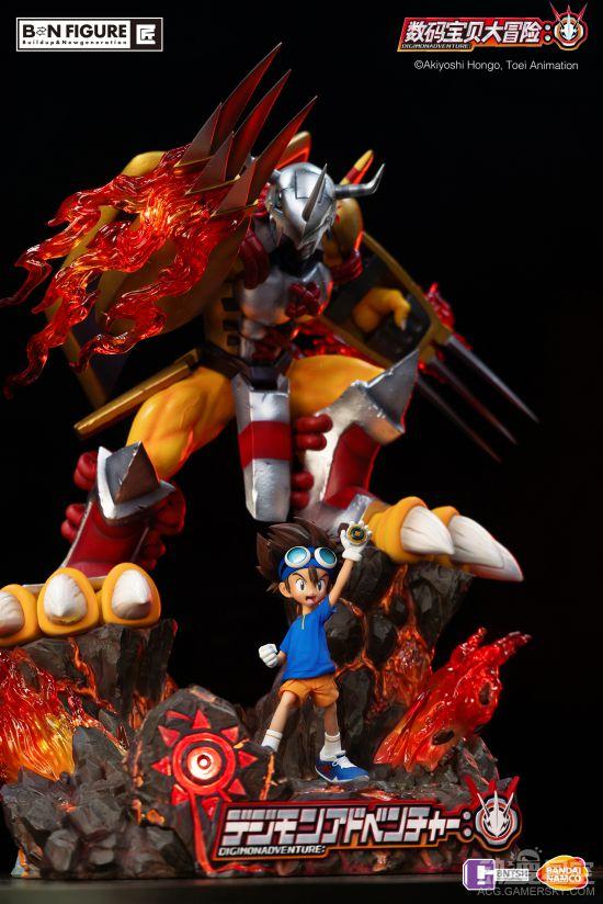 《数码宝贝大冒险辅助》八神太一战斗暴龙兽雕像 并肩战斗气势十足